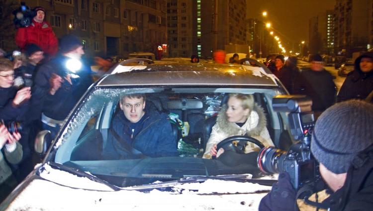 Navalny goes home